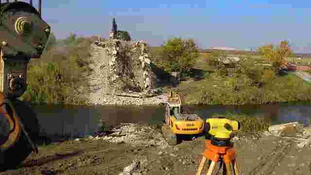 На Донеччині до кінця року відбудують три мости