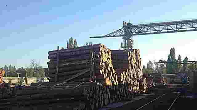 В Одесі перекрили незаконний канал експорту лісу
