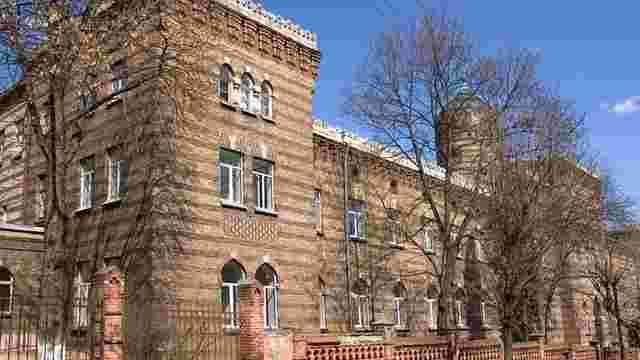 У львівському пологовому будинку померла внучка відомого голкіпера «Карпат»