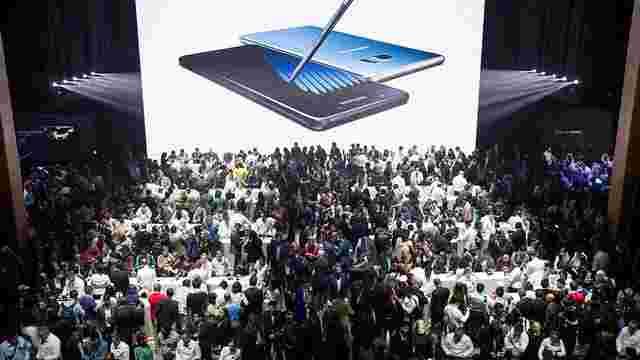 Компанія Samsung призупинила роботу над смартфоном Galaxy S8