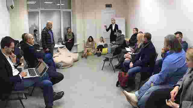 Журналісти та народні депутати вимагають не зривати реформу суспільного мовлення