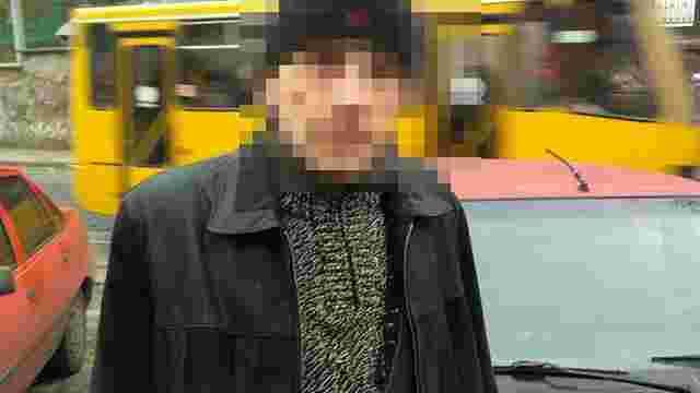 Патрульні затримали підозрюваного в серійному викраденні номерних знаків