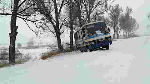 Через нерозчищені дороги у Львівській області звільнять двох чиновників