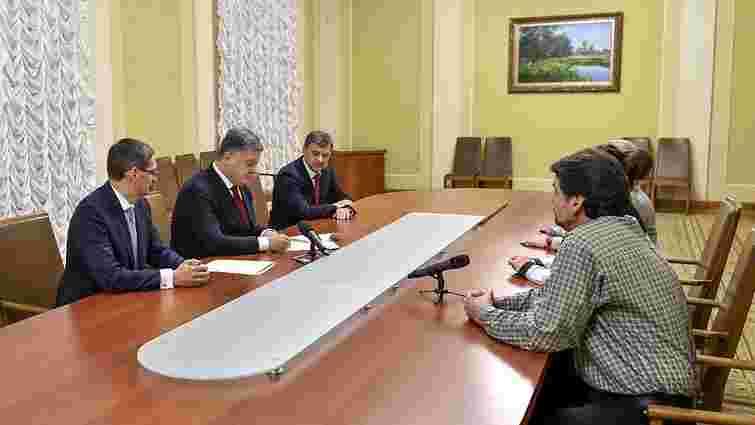 Президент підписав закон про виплату компенсацій ошуканим вкладникам