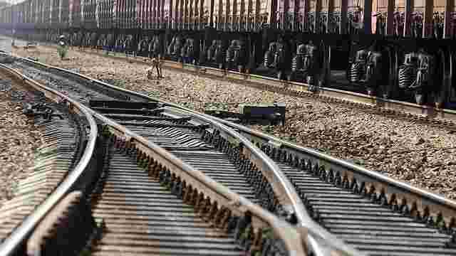 Молдова пообіцяла відремонтувати залізничну колію до України