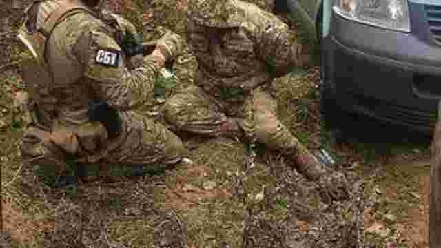 СБУ затримала на Львівщині військових, які продавали викрадені зі складів боєприпаси