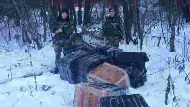 На Буковині прикордонники виявили 30 ящиків контрабандних сигарет