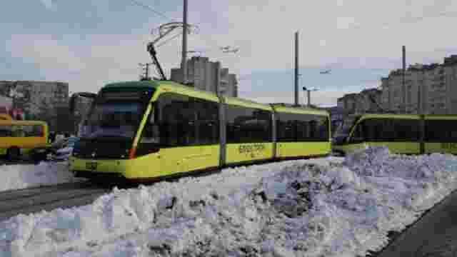 На сихівський маршрут №8 вже виїхали вісім трамваїв