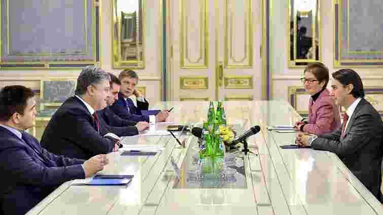 Порошенко обговорив з посланником Держдепу США залучення інвестицій в українську енергетику