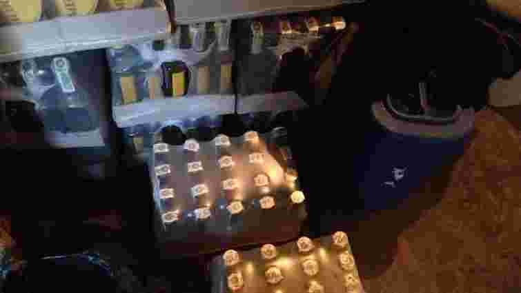На Львівщині викрили мережу магазинів та складів з підробленим алкоголем