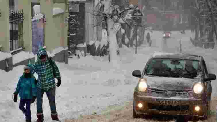 У неділю прогнозують ожеледицю на дорогах Львова