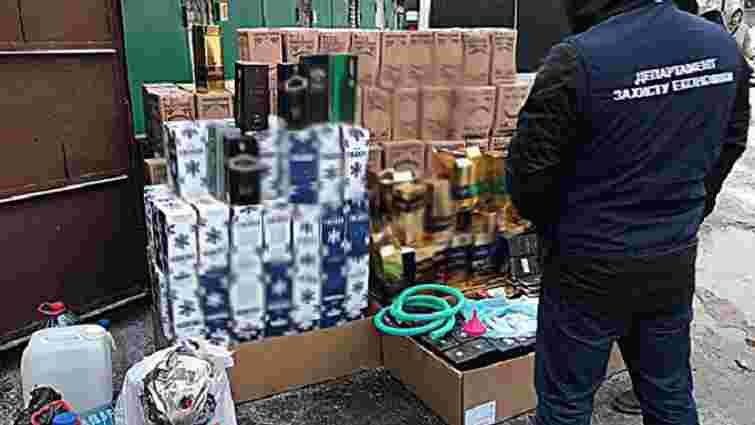 На Київщині вилучили 7,6 тонн фальсифікованого алкоголю вартістю майже ₴2 млн