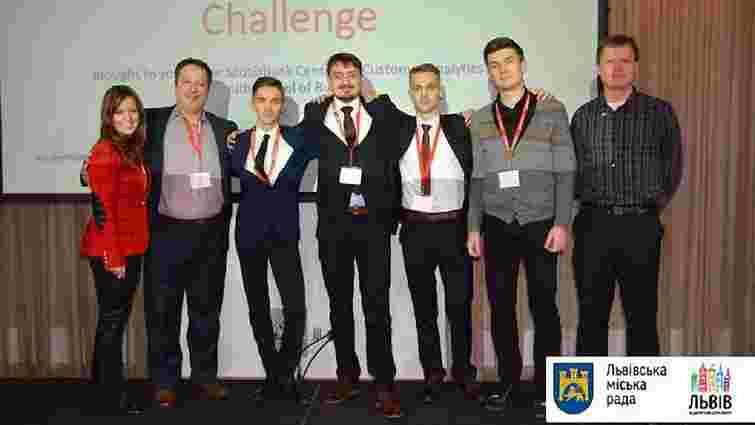 Студенти УКУ виграли $14 тис. на світовому конкурсі Queen's Innovation Challenge