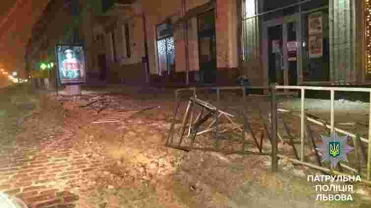 У Львові розшукали п'яного водія, який втік з місця ДТП