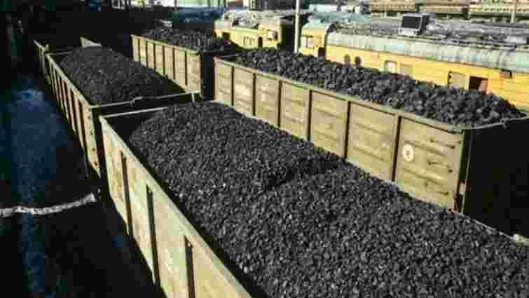 Голова Міненерговугілля запевнив, що вугілля з зони АТО до України завозять законно