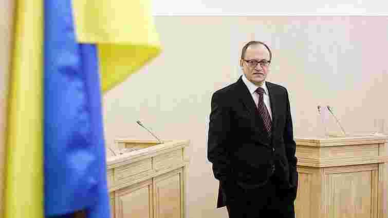 Суд поновив на посаді звільненого парламентом суддю Конституційного суду Олександра Пасенюка