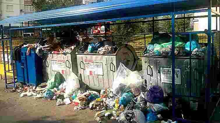 У Львові заповненими є 419 сміттєвих майданчиків