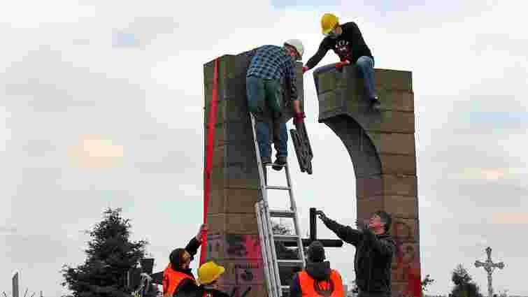 У Підкарпатському воєводстві Польщі хочуть демонтувати усі пам'ятники воїнам УПА