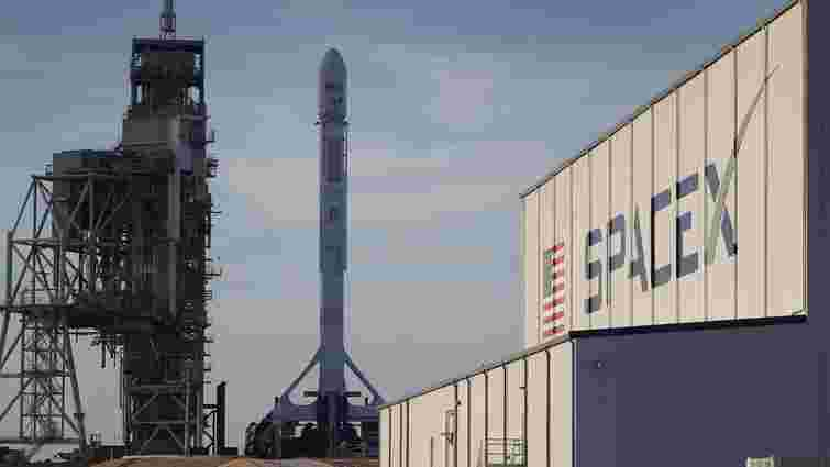 SpaceX вдало випробувала ракету для туристичних подорожей до Місяця