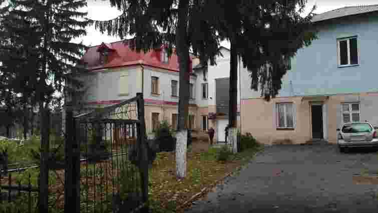 Вночі невідомі напали у Львові на начальника слідчого ізолятора
