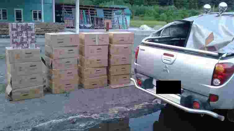 Правоохоронці на Закарпатті вилучили 10 тис. пачок контрабандних цигарок