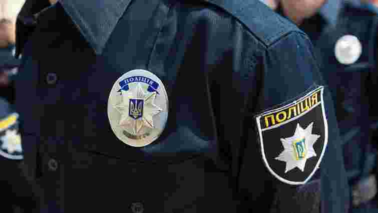 Поліція в Івано-Франківську провела обшуки в міському департаменті освіти