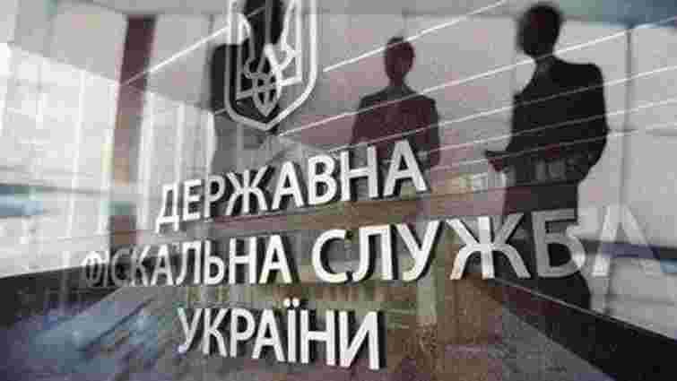 Податківці арештували 70 вантажівок, які перевозили вантажі на окуповану територію Донбасу