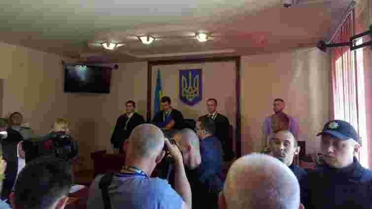 Усіх підозрюваних у стрілянині в Мукачеві звільнили з-під варти