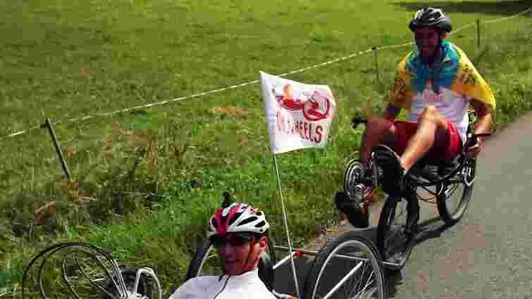 Люди з інвалідністю на спеціальних візках підкорять Говерлу
