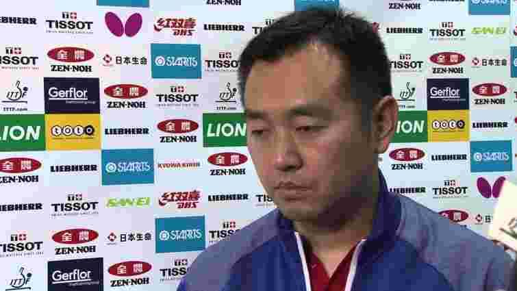 Тренера збірної Китаю з настільного тенісу відсторонили через картярський борг