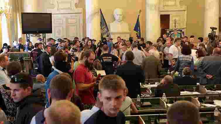 Лідер «Національного корпусу» анонсував «акції тиску» на обласні ради у всіх регіонах України