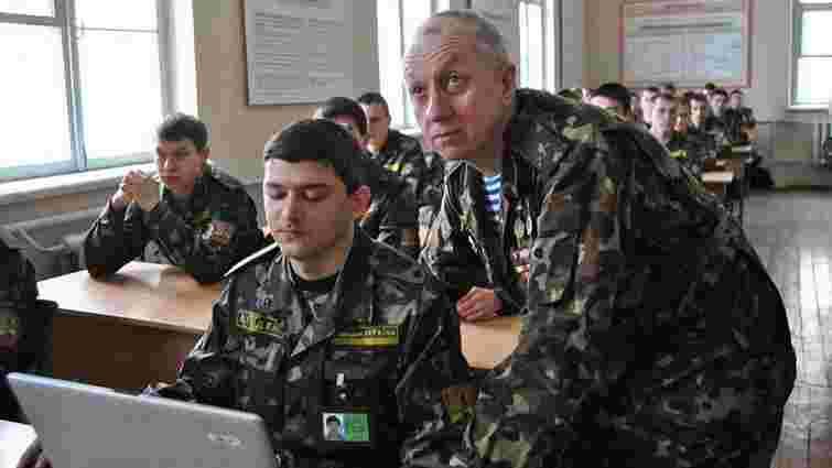 Уряд збільшив фінансування на підготовку військових у вишах на 255 млн грн