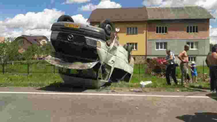 На Стрийщині у ДТП постраждали 4 пасажирів рейсового автобуса