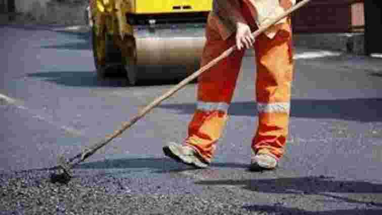 У Львові ремонтують міжквартальні дороги