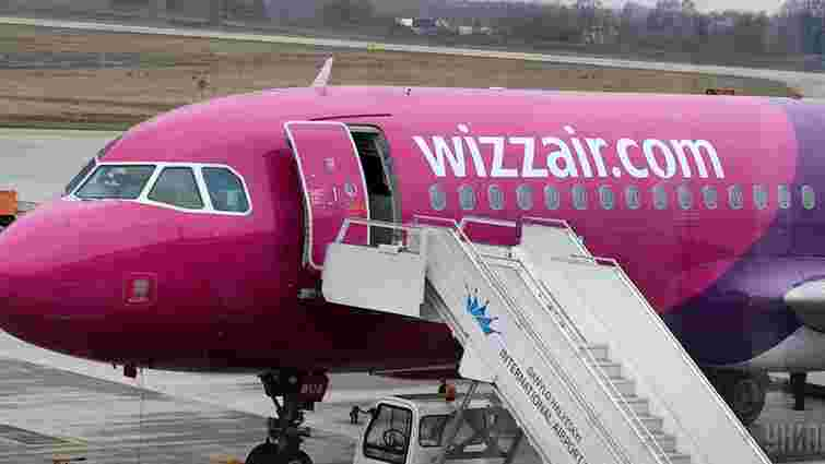 Wizz Air планує запровадити оплату за провезення ручної поклажі – ЗМІ