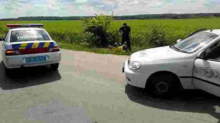 Двоє злочинців на викраденому автомобілі обкрадали водіїв під Вінницею
