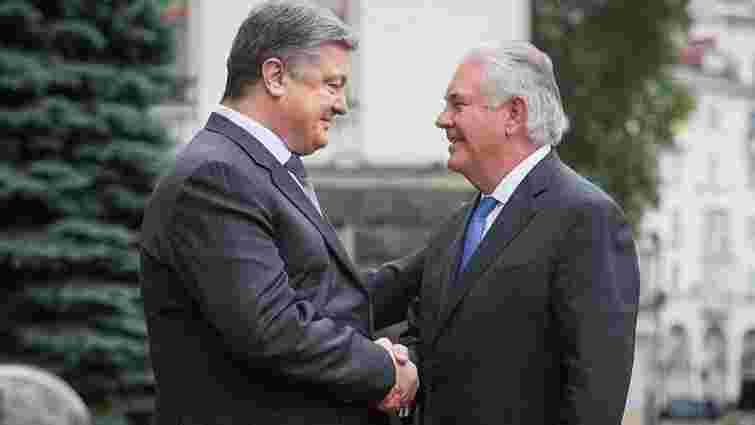 Поки Росія не вийде з Криму, санкції США залишаться, — Порошенко