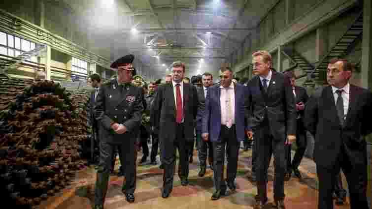 У п'ятницю до Львова прилетить президент Петро Порошенко