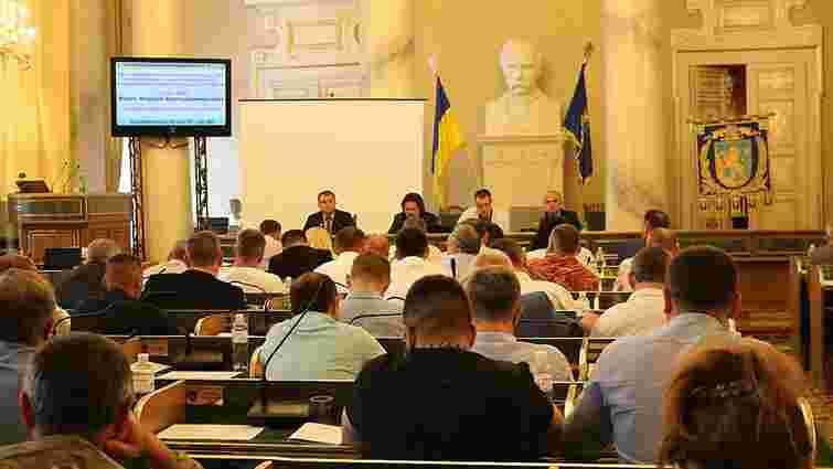 Депутати Львівської облради просять керівництво держави переглянути вирок засудженому воїну АТО