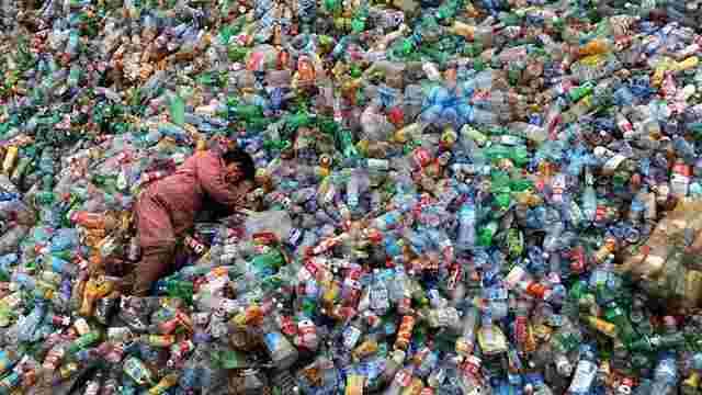 Науковці назвали кількість створеного людством пластикового сміття