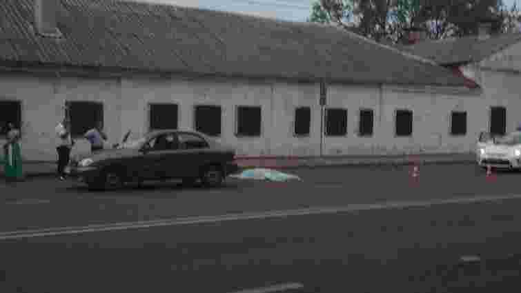 На вул. Городоцькій автомобіль смертельно травмував пішохода