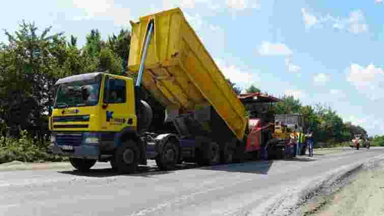 На Львівщині ремонтують дорогу від Самбора до Дрогобича