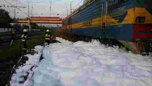 У Дніпрі на залізничній станції з цистерни витекло 30 т бензину