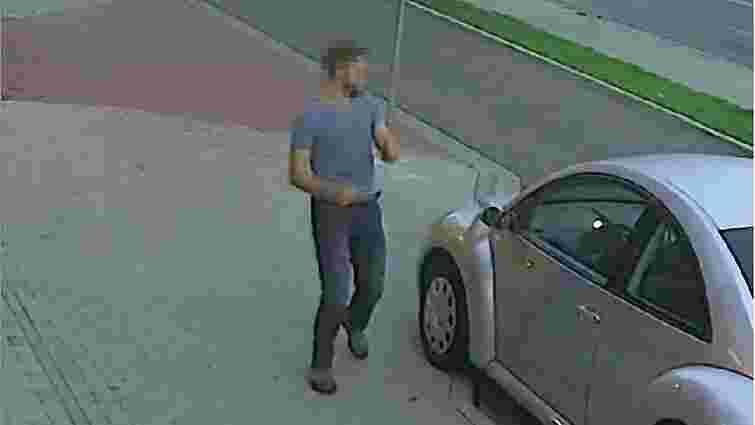 У Кракові поліція затримала росіянина, який п'яним понищив 37 авто