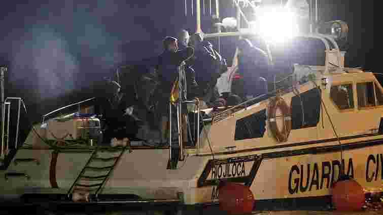 За підозрою у нелегальному перевезенні мігрантів в Італії затримали близько 40 українців