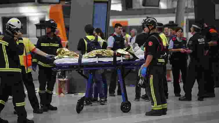 У Барселоні електричка врізалася в перон: постраждали 48 осіб