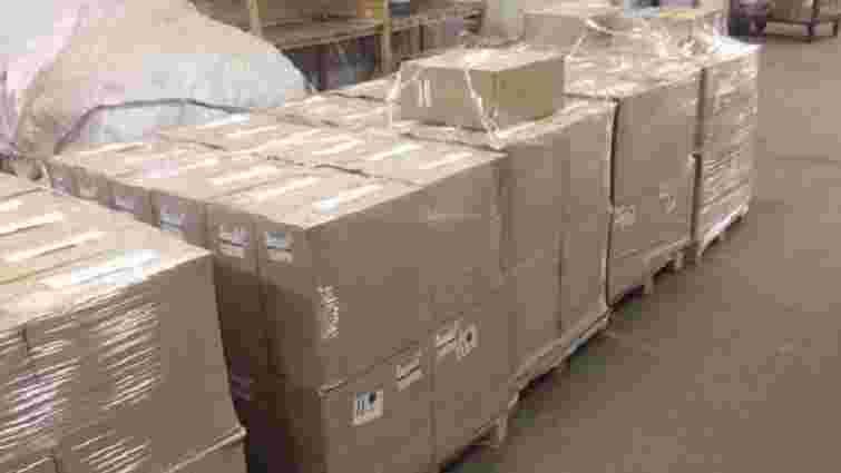 На Тернопільщині злочинці пересилали контрафактний спирт поштою