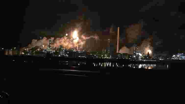 У Нідерландах сталася пожежа на найбільшому нафтопереробному заводі Європи