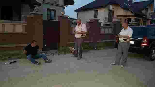Поліція затримала підозрюваного у замаху на бізнесмена у центрі Івано-Франківська