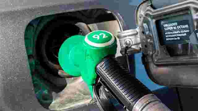 Білорусь різко скоротила поставки бензину в Україну